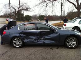 Steps to sell your totaled car